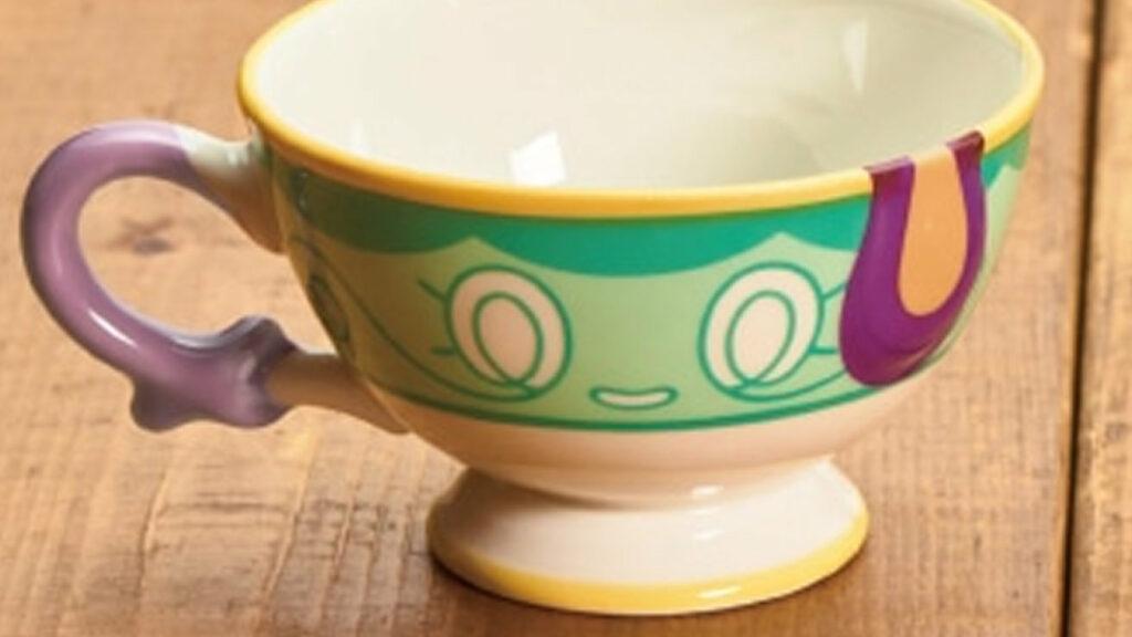 ヤバチャとポットデスの贋作の食器が発売予定。真作はポケモンカフェに存在